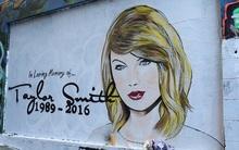 Nghệ sĩ graffiti bị chỉ trích làm lố vì vẽ cả... tranh tưởng niệm Taylor Swift