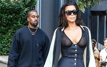 Kanye West thản nhiên để Kim khoe hết vòng 1 trước mặt những người đàn ông khác