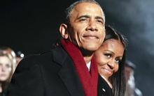 Vậy là lần cuối cùng, gia đình ông Obama thắp cây thông Noel trong mùa giáng sinh tại Nhà Trắng