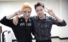 """Giữa lúc Yoochun trình diện cảnh sát, Junsu đăng những bức hình này và bị """"ném đá"""""""