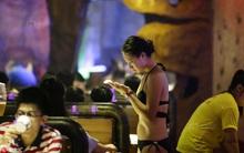 Dùng người đẹp mặc bikini phục vụ thực khách, nhà hàng phải tạm đóng cửa để cải tạo