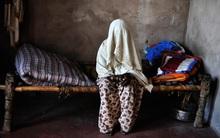 Ấn Độ: Cô gái xinh đẹp bị cưỡng hiếp vì được cho là ăn thịt bò