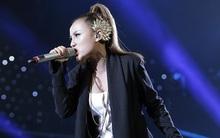 """Vietnam Idol: Quán quân """"Sao mai"""" phá banh hit của Noo Phước Thịnh"""