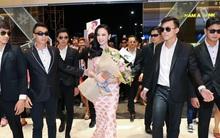 """Angela Phương Trinh trở lại ngôi vị """"Nữ hoàng làm lố"""" khi đem theo cả chục vệ sĩ đi sự kiện"""