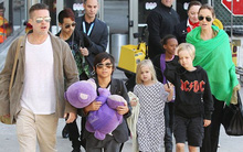 Angelina Jolie muốn Brad Pitt tránh xa các con vì anh lạm dụng cần sa, nghiện rượu?