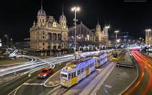 Giáng Sinh chưa tới nhưng đường phố Budapest đã đẹp đến nao lòng