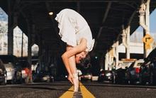 Đắm chìm vào vũ điệu đường phố qua bộ ảnh múa ballet của những nghệ sĩ không chuyên