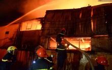 Hà Nội: Cháy lớn ở khu công nghiệp La Phù trong đêm