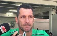 Quá sốc vì vụ tai nạn máy bay kinh hoàng, thủ môn Chapecoense tuyên bố giải nghệ trong nước mắt