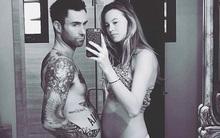 Adam Levine khoe ảnh cũng mang thai như vợ, đáng yêu đến thế là cùng!