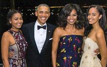 Tấm thiệp Giáng sinh Nhà Trắng cuối cùng với sự hiện diện đầy đủ của gia đình Tổng thống Obama
