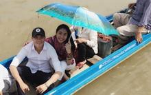 Công Vinh, Thủy Tiên xây cầu cho trẻ em nghèo đi học
