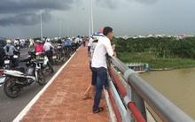 Đà Nẵng: Người đàn ông nhảy cầu tự tử trước sự ngỡ ngàng của người đi đường
