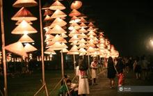 Hà Nội đẹp lung linh với hàng ngàn chiếc nón lá thắp sáng trong Festival Áo dài 2016