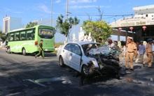 Vụ tai nạn nghiêm trọng giữa xế hộp và xe khách ở Đà Nẵng: 1 nạn nhân tử vong