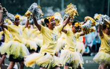 Con gái đá bóng, con trai nhảy cổ động - teen Chu Văn An đã có một Ngày hội thể thao siêu nhiệt!