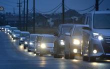 Photos of the day: Người Nhật lặng lẽ và trật tự đi sơ tán trong thảm họa