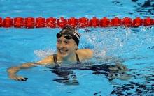 Katie Ledecky: Siêu kình ngư bơi chỉ kém các kình ngư… nam