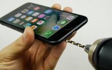 Những trò đùa về iPhone khiến không ít người tin sái cổ và cái kết đắng lòng