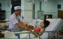 Nạn nhân sập bè Vĩnh Hy chưa hết bàng hoàng trong bệnh viện