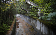 Khung cảnh hoang tàn tại các địa điểm từng diễn ra những màn thi đấu của các kỳ Olympic