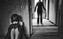 Vợ mất sớm, chồng hiếp dâm con gái ruột