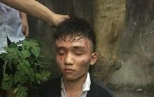 Hai tên cướp táo tợn xông vào nhà giật túi xách, cứa cổ bà chủ tiệm tạp hóa ở Hà Nội