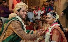 Đám cưới xa hoa ngút trời có giá 1.600 tỷ với thiệp mời dát vàng ở Ấn Độ