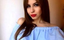 Nữ sinh Nga rao bán trinh tiết để có tiền đi du học
