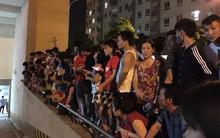Hà Nội: Mâu thuẫn tình cảm, nam thanh niên dọa nhảy lầu tự sát từ tầng 16