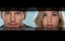 Tình yêu vượt cả không gian của Chris Pratt và Jennifer Lawrence trong bộ phim ngôn tình vũ trụ Passengers