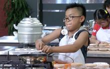 Xem đoạn clip này bạn sẽ không ngờ trẻ em Việt Nam lại nấu ăn giỏi đến thế!