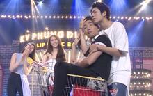 Lip Sync Battle: Kelvin Khánh ôm Trấn Thành tình tứ trên nền nhạc Khởi My