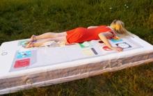 Cận cảnh chiếc bánh sinh nhật nặng gần 230 kg hình... iPhone