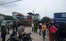 Hà Nội: Con dâu chở mẹ chồng băng qua đường sắt bị tàu tông tử vong