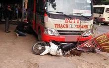Xe buýt mất lái tông hàng loạt xe máy, một người đàn ông chết thảm