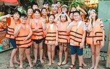 Noo Phước Thịnh lăn xả giữa miền sông nước cùng 15 học trò nhí