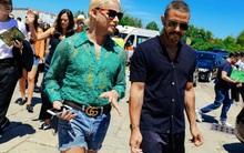 Street style Tuần lễ thời trang nam: áo ren, shorts cũn cỡn, đồ đôi... đủ cả!