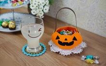 Làm giỏ bí ngô đựng kẹo tặng nhóc em dịp Halloween
