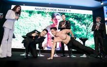 Trương Ngọc Ánh phấn khích cổ vũ trai đẹp cởi trần khoe cơ bắp