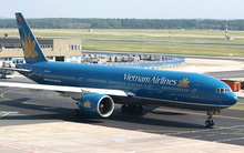 Chim lao vào động cơ, máy bay Boeing-777 của Vietnam Airlines phải quay đầu hạ cánh khẩn cấp