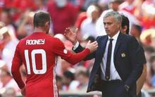 """Rooney nhận """"án tử"""" từ Mourinho"""