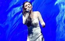 """X-Factor: Minh Như hát """"Anh cứ đi đi"""" ai cũng khen, chỉ có Tùng Dương không thích"""