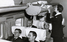 Thì ra cách đây hơn 60 năm trẻ em được đi máy bay theo cách thú vị như thế này đây