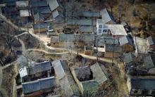 Trung Quốc: Ở nơi thâm sơn cùng cốc có một ngôi làng được làm hoàn toàn từ đá tảng rất ít người biết