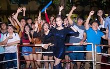 DJ Eva mang âm nhạc đỉnh cao đến với các trường học