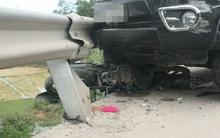Huế: Hai mẹ con chết thảm dưới gầm ô tô sau va chạm