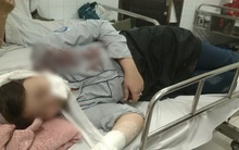 """Vụ nữ sinh lớp 10 ở Hà Nội bị bạn học chặn đánh: """"Tôi rất sốc khi nghe tin con bị đánh"""""""
