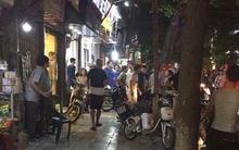 Nam thanh niên xông vào cửa hàng quần áo ở phố cổ Hà Nội chém 2 người nhập viện