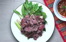 Thịt bò tái kiểu Thái lơm lừng: làm rất dễ mà lại không dầu mỡ